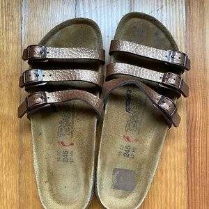 Birkenstock sandals, 3 straps, size 38, brown